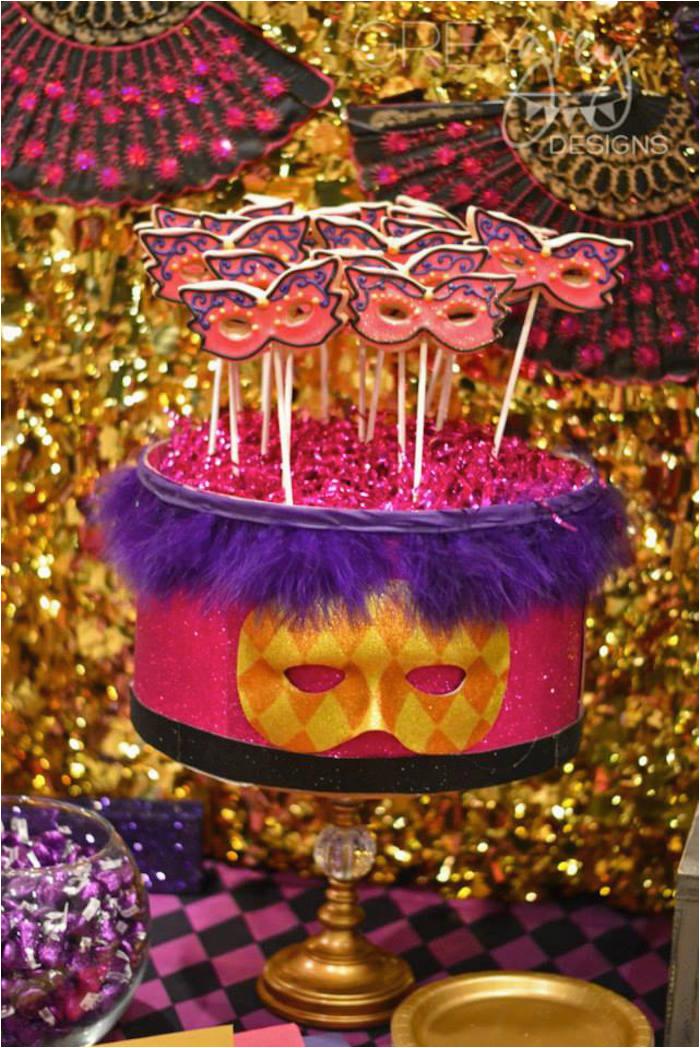 masquerade 18th birthday party via karas party ideas karaspartyideas com11