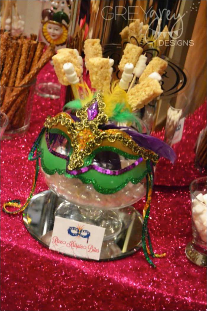 masquerade 18th birthday party via karas party ideas karaspartyideas com22