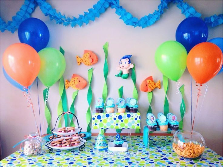 bubble guppies deluxe party supplies
