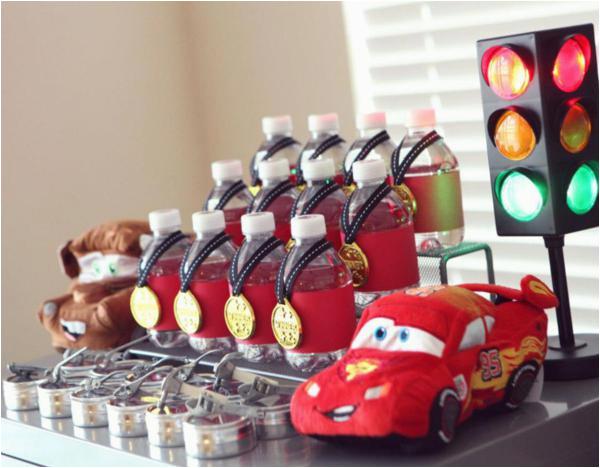 Car Themed Birthday Decorations Kara 39 S Party Ideas Disney Cars Lightning Mcqueen Boy