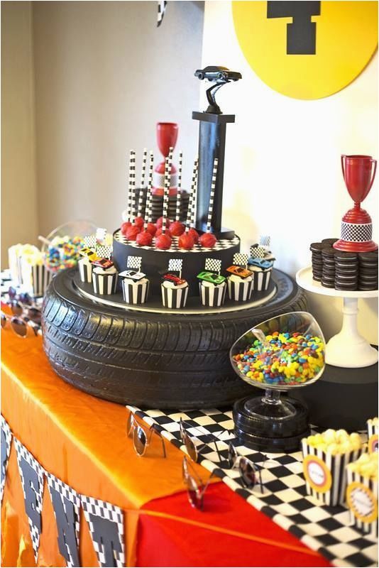 Cars Themed Birthday Party Decorating Ideas 325 Best Disney Images On Pinterest