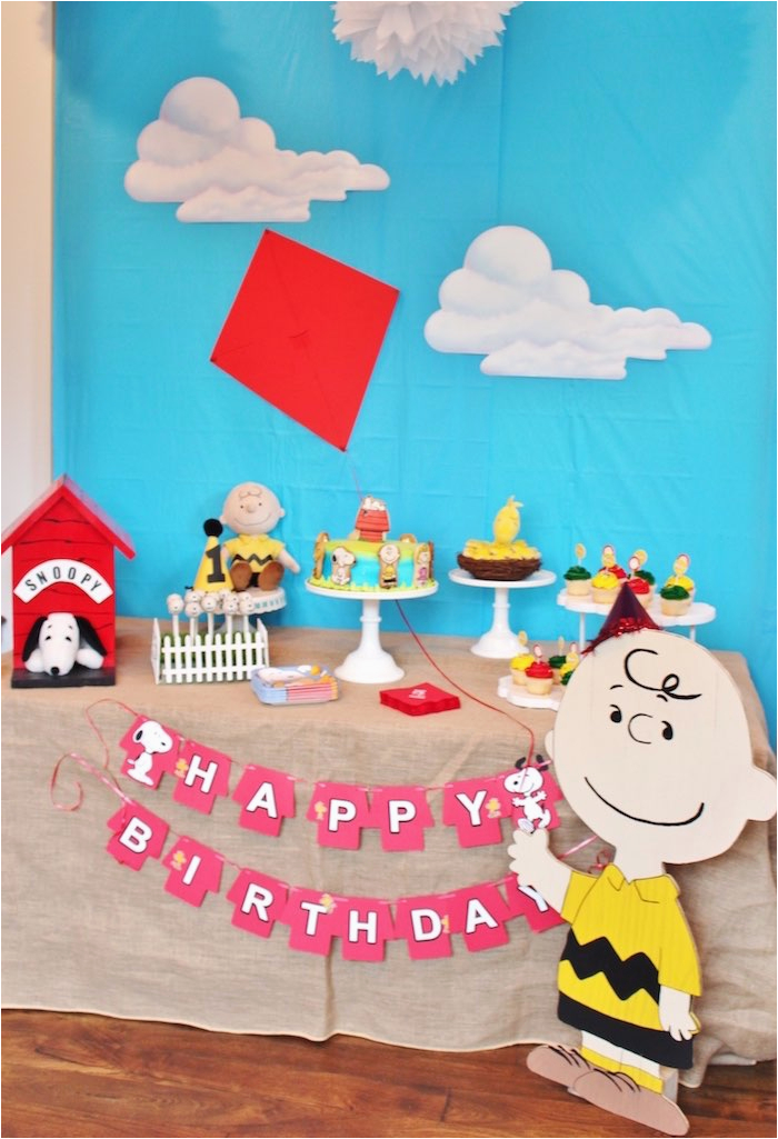 peanuts charlie brown birthday party