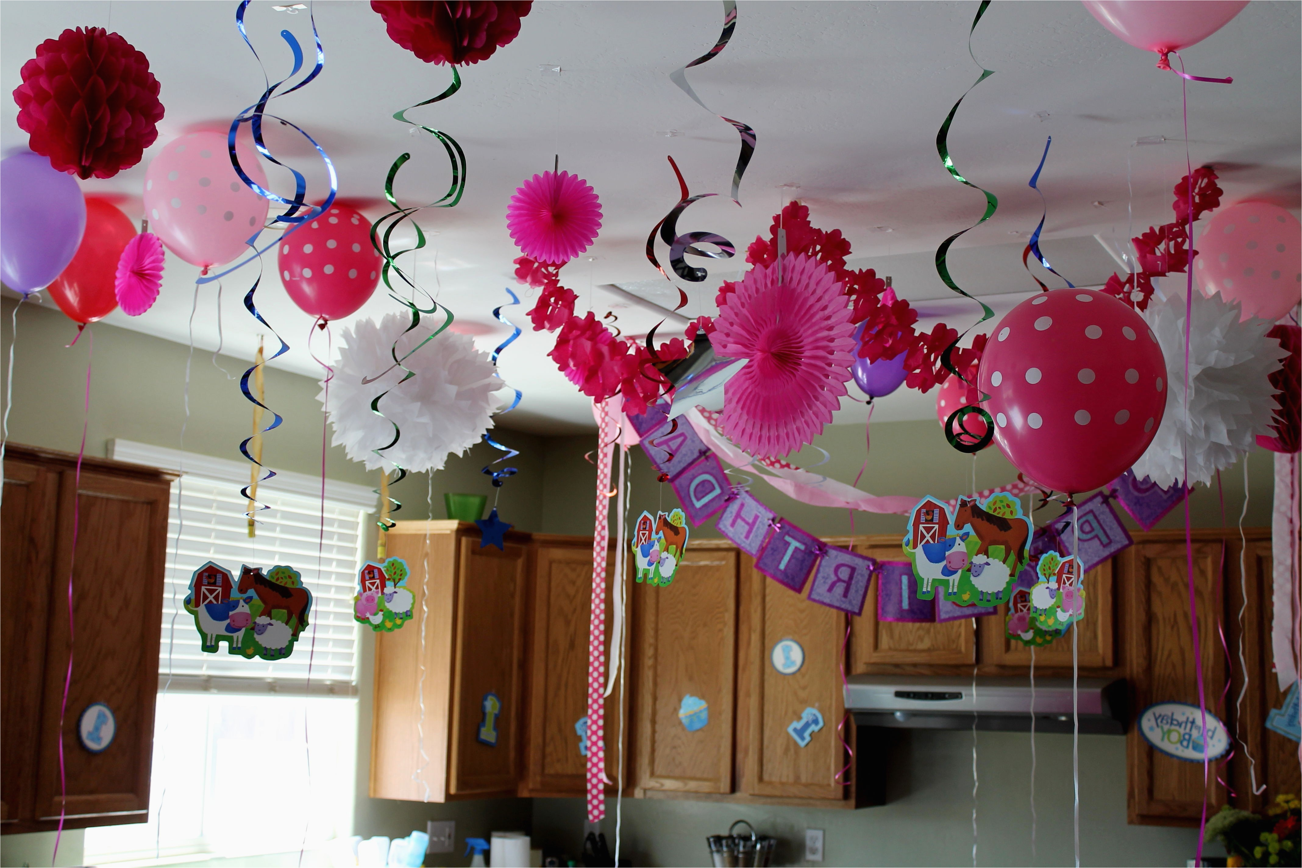 Decorating Ideas for Baby Girl Birthday Party Birthday Decoration Images for Baby Girl
