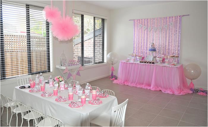 princess themed 4th birthday party