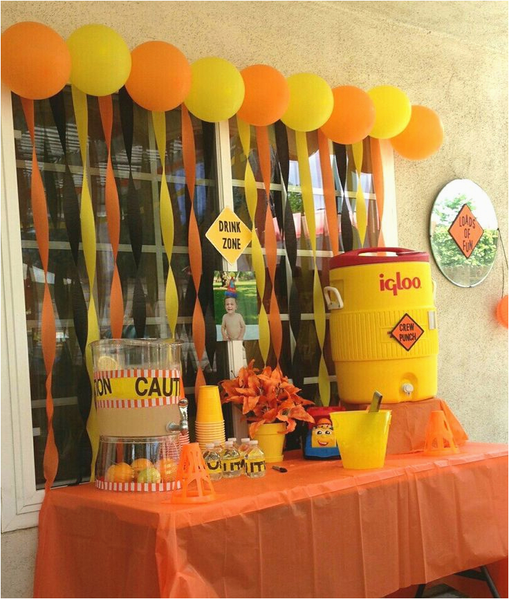 Dump Truck Birthday Party Decorations 1000 Ideas About 3rd Birthday Parties On Pinterest