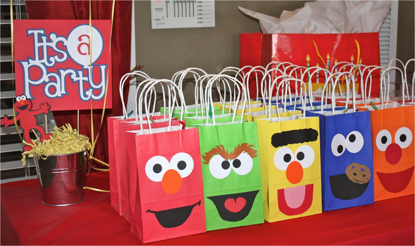 Elmo Birthday Decorations Ideas
