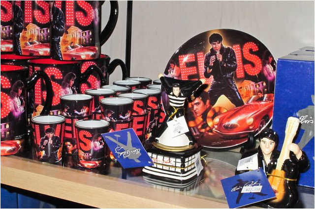 Elvis Birthday Decorations Elvis Birthday Party Ideas with Pictures Ehow