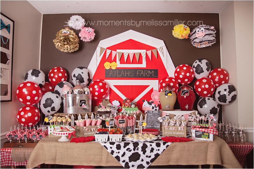 11 farm themed first birthday decor ideas