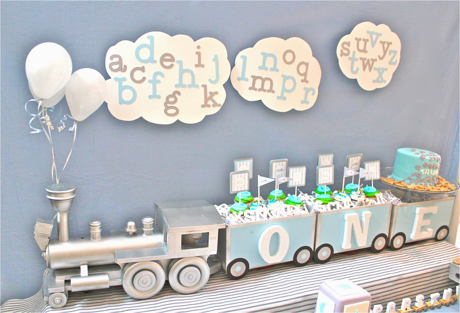 First Birthday Decorations For Boys Cute Boy 1st Party Themes