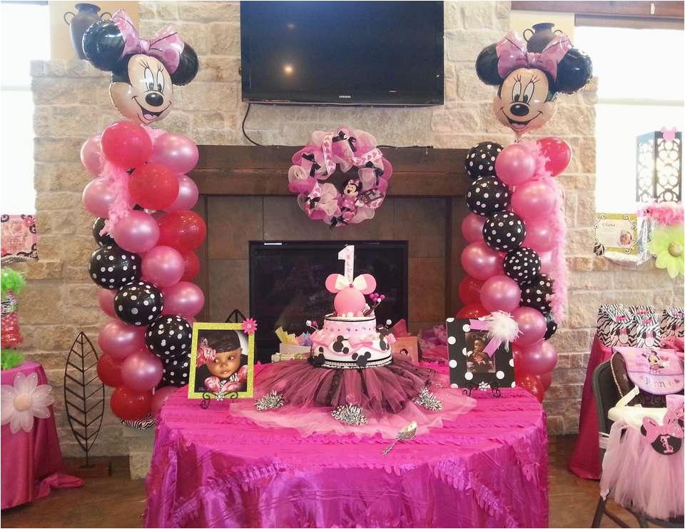 ellies 1st birthday celebration