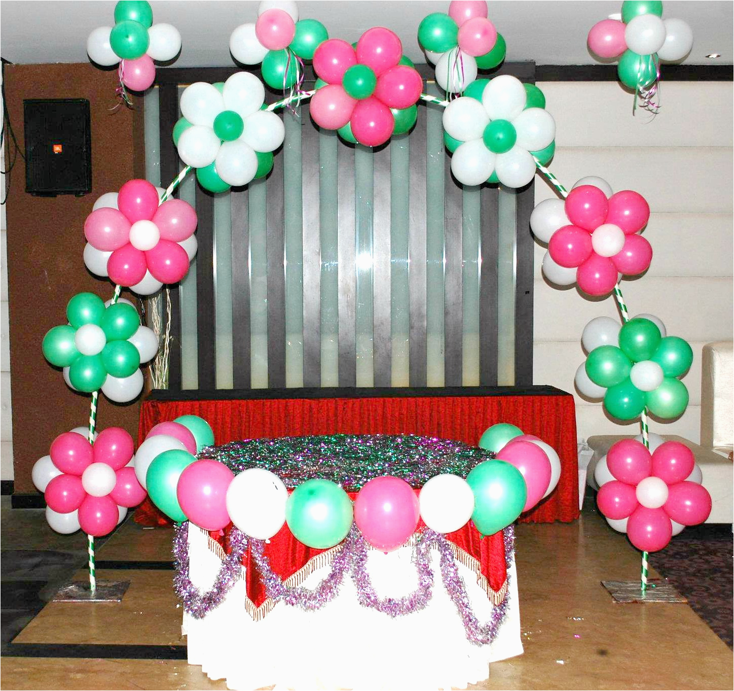 balloon decoration ideas that will inflate the fun for your childs birthday party