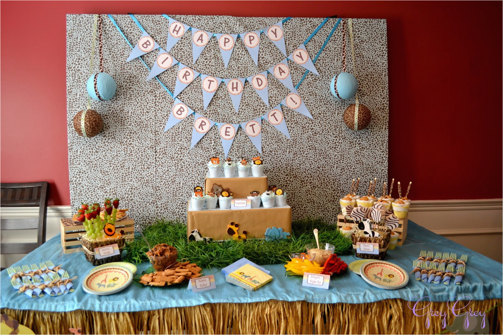 Jungle Themed First Birthday Decorations Safari Party