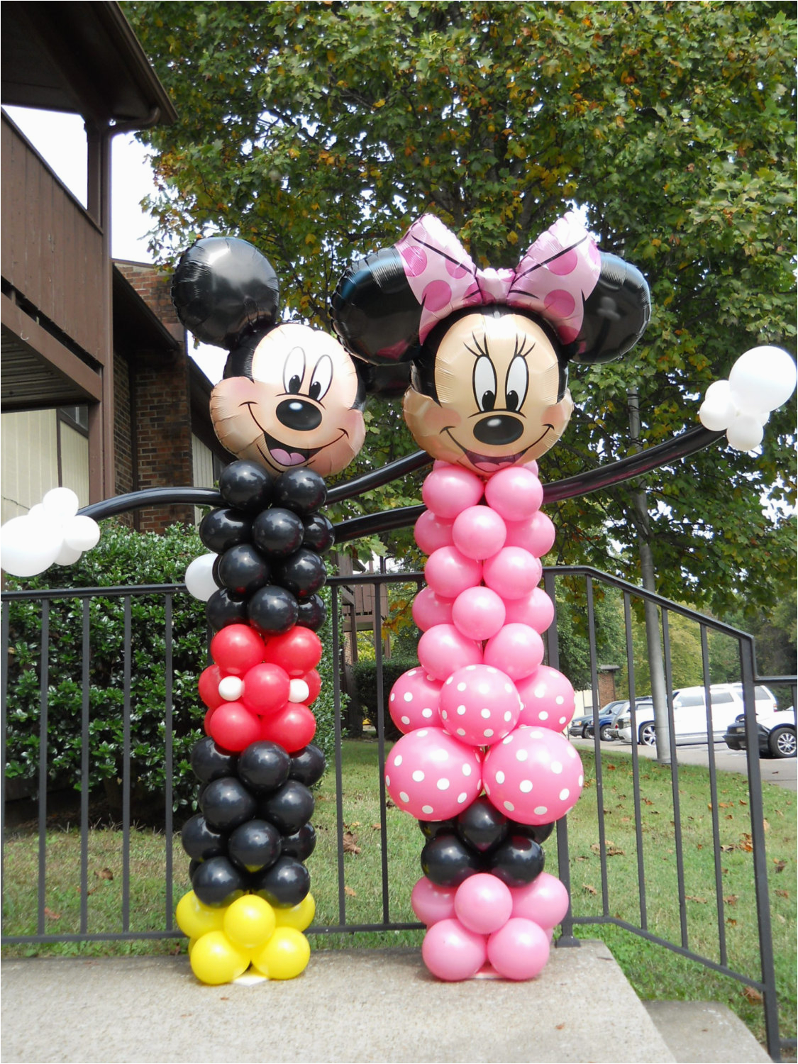 minnie and mickey mouse balloon