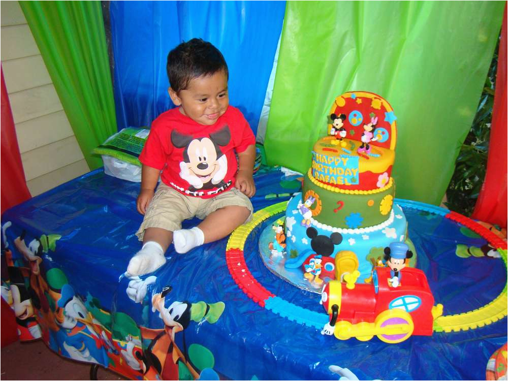 Mickey Mouse Clubhouse 1st Birthday Ideas