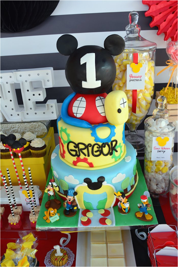 mickey mouse 1st birthday party via karas party ideas karaspartyideas com16
