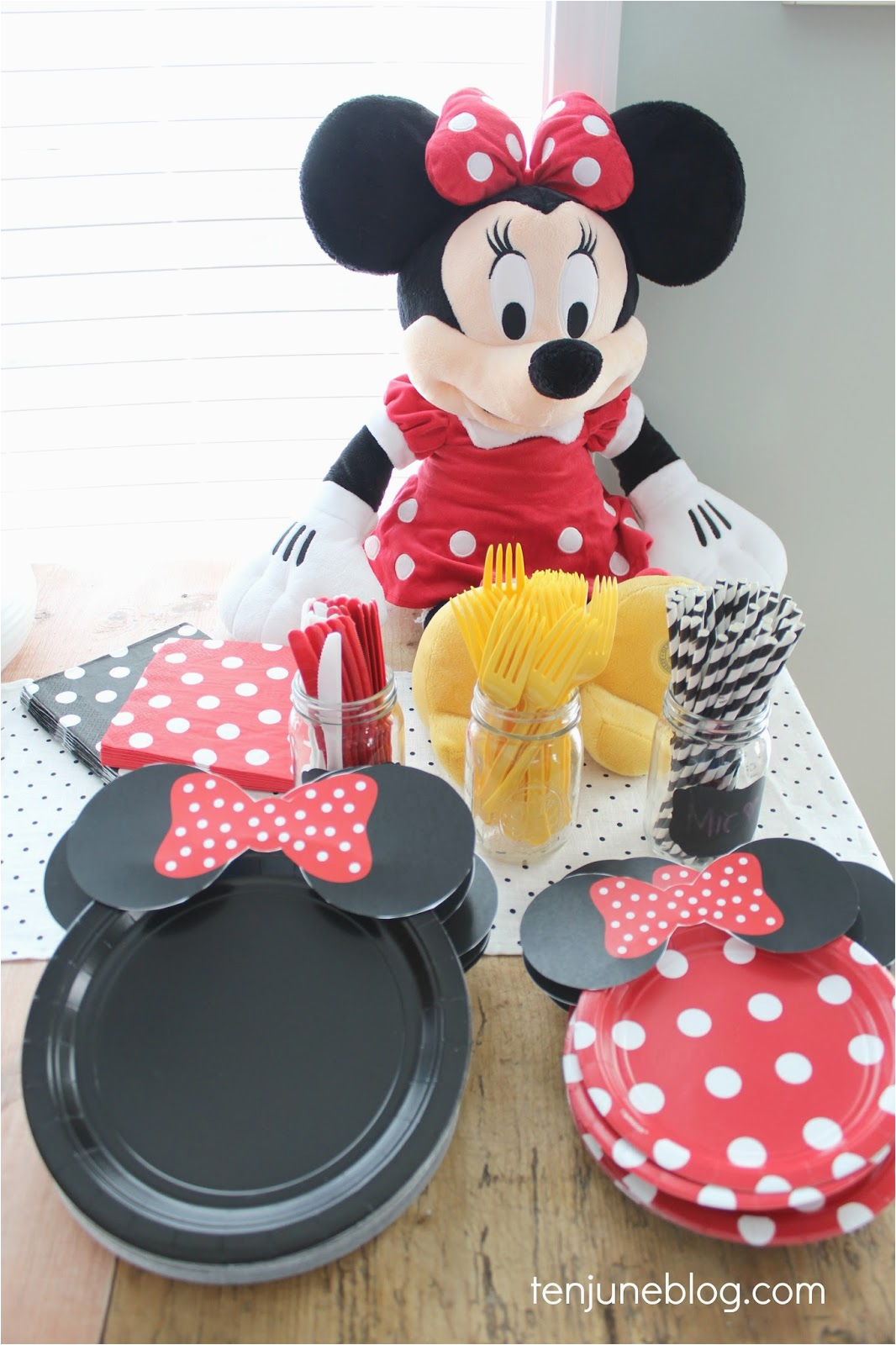 minnie mouse 2nd birthday party for our