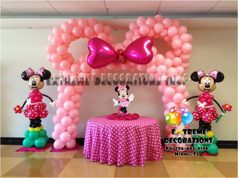 balloons and party decorations