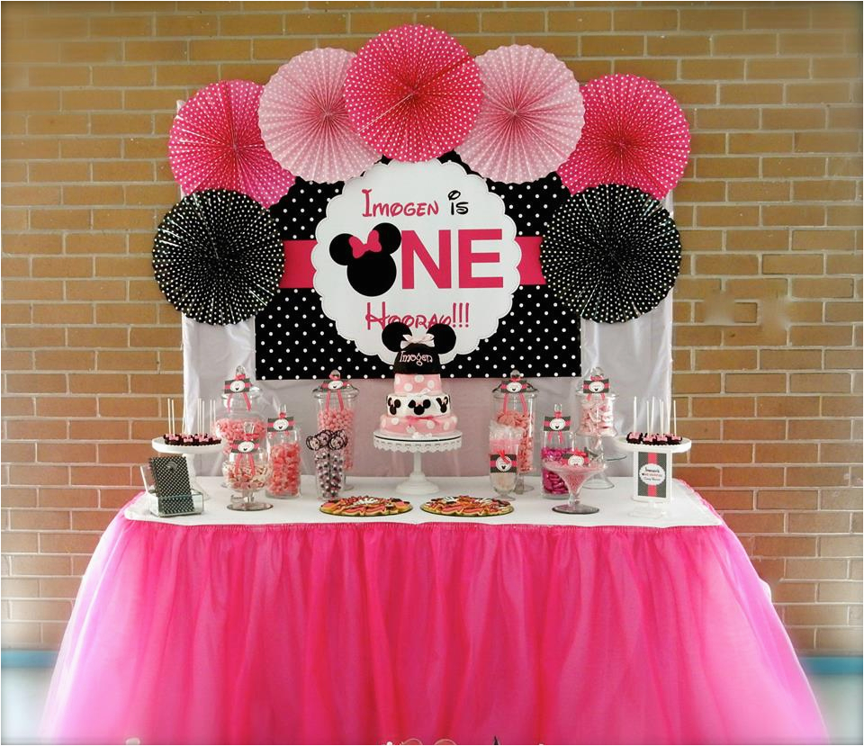 minnie mouse first birthday party