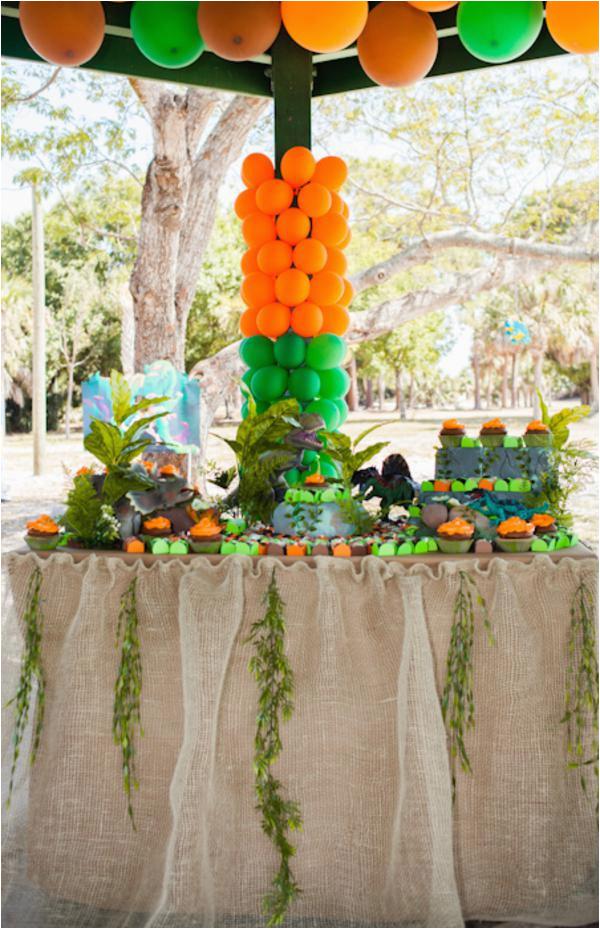 jurassic park dinosaur themed birthday party