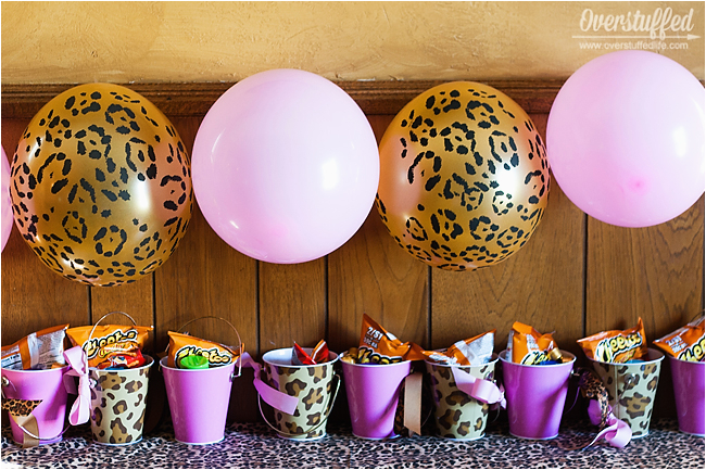 super simple cheetah birthday party