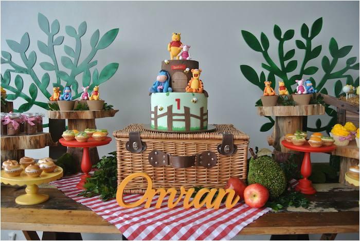 rustic winnie pooh 1st birthday party