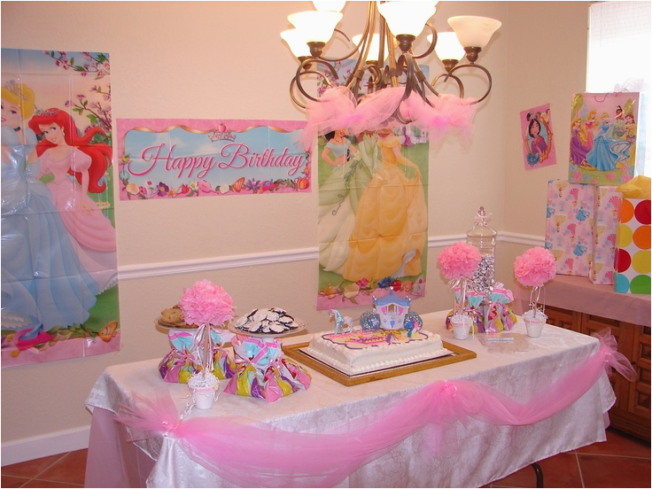 birthday cake table decorations with