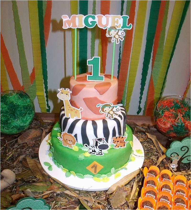 Safari Themed Birthday Party Decorations A Jungle Themed 1st