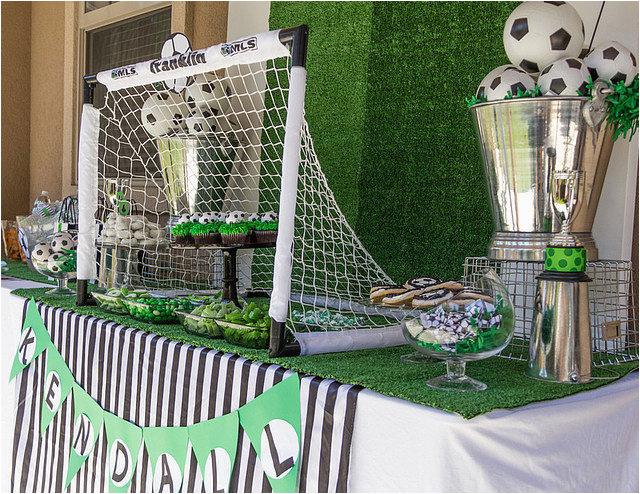 girls soccer birthday party 34934743