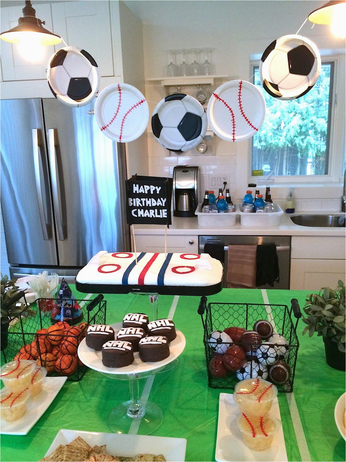 Sports themed Birthday Party Decorations Sports themed Birthday Parties Home Party Ideas
