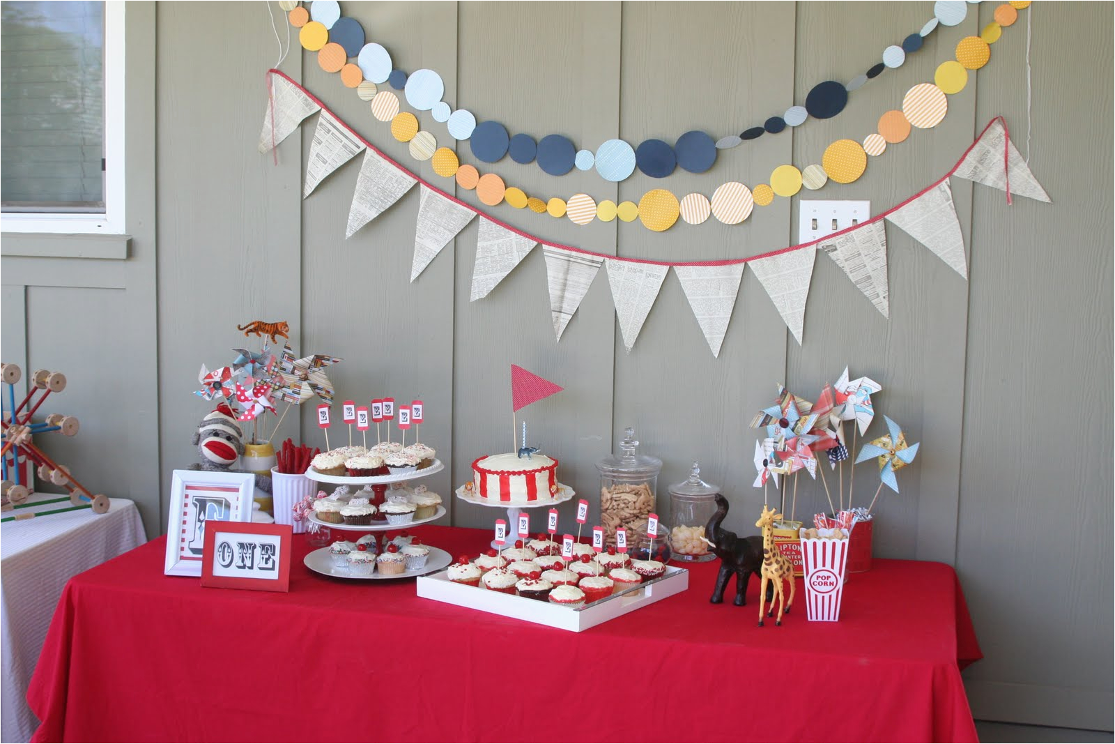 Table Decorations Ideas for Birthday Parties Birthday Party Decoration Decoration Ideas