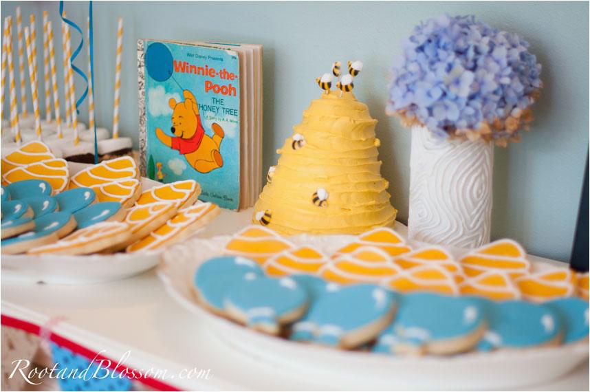 Winnie Pooh 1st Birthday Party Guest