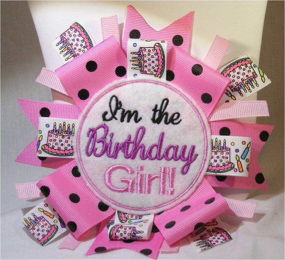 im the birthday girl pin back badge