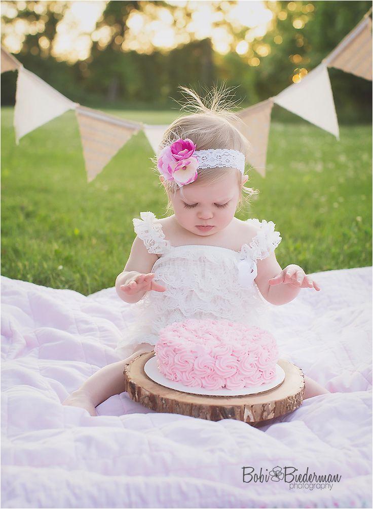 outdoor cake smash