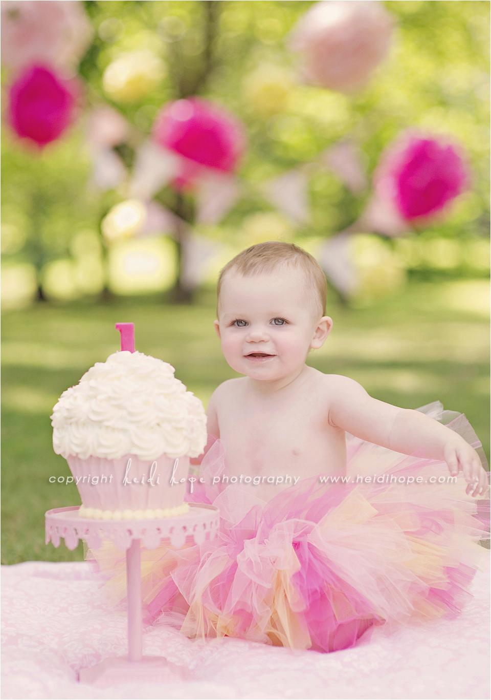 Cake Smash Ideas for 1st Birthday Girl Baby K Turns 1 Year Old Rhode island First Birthday Cake