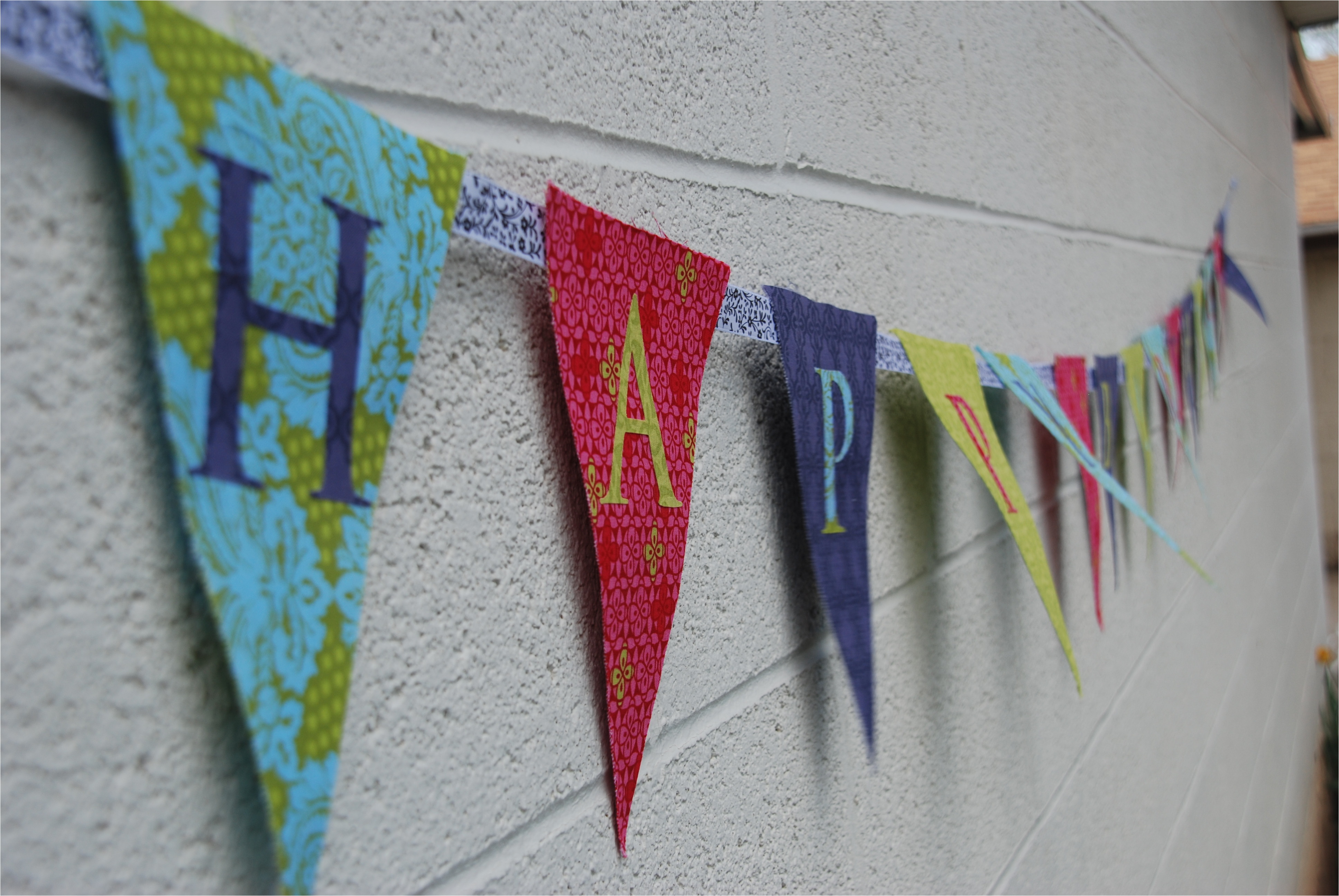 how to make a fabric happy birthday banner using a cricut