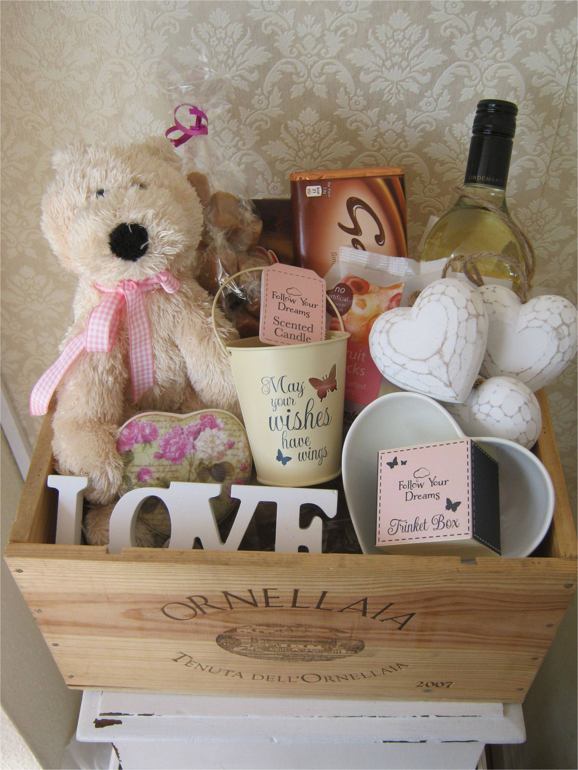 16th Birthday Gifts for Him Uk Personalised Birthday Hamper Www Chic Dreams Co Uk