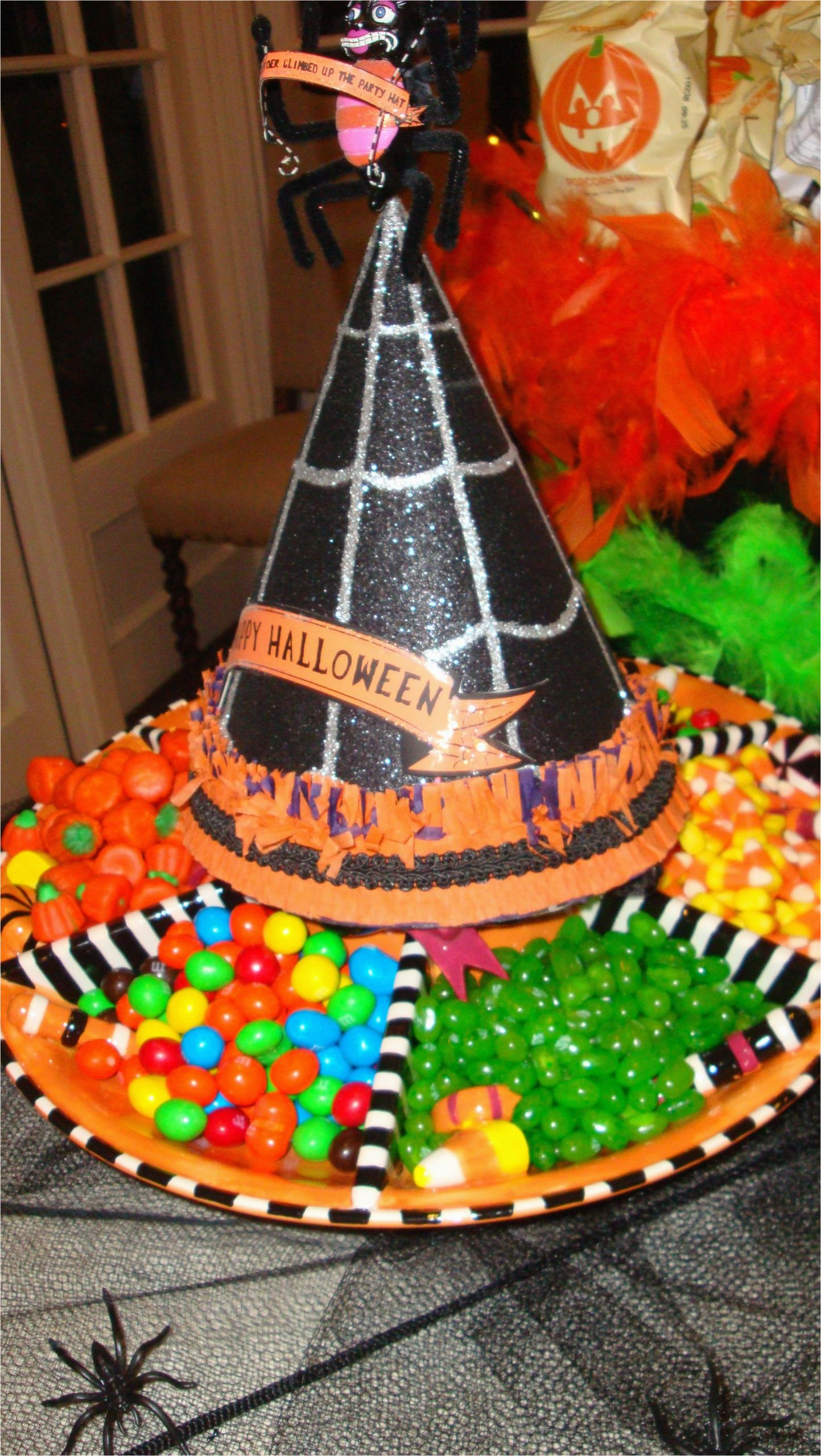 Halloween Birthday Ideas for Him Awesome Halloween Party Idea Pop A Witches Hat On Your