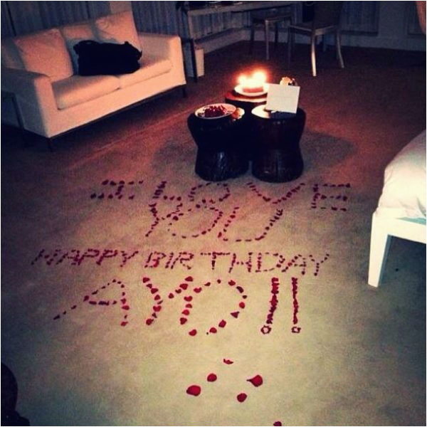 love on planet wizkid check out his girlfriend tania omotayos romantic birthday gesture