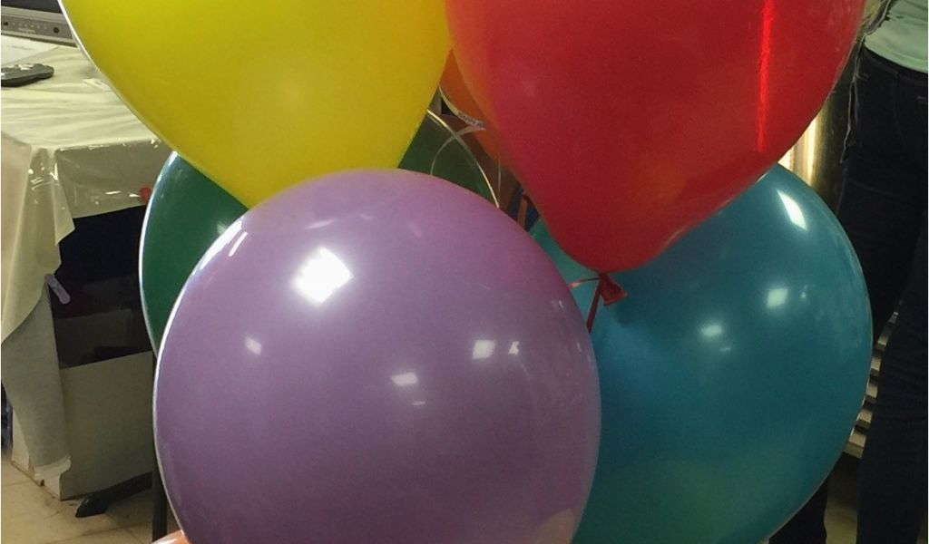 Download By SizeHandphone Tablet Desktop Original Size Back To Birthday Flowers And Balloons Delivery