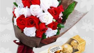 Birthday Flowers and Chocolates Delivery 20 Roses with Ferrero