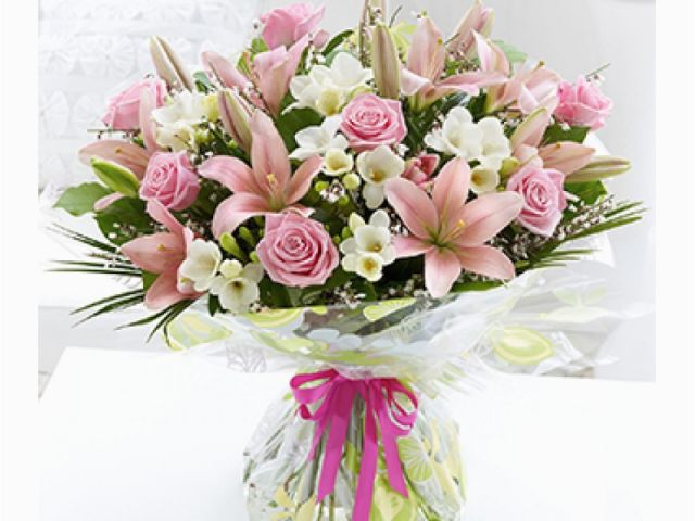 Download By SizeHandphone Tablet Desktop Original Size Back To Birthday Flowers Delivery Dubai