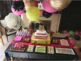 Birthday Party Table Decorations for Adults 30 Surprise Party Table Decorations Table Decorating Ideas