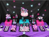 Black and White 18th Birthday Decorations 18th Birthday Party themes they Will Love to Try