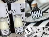 Black and White Birthday Party Decoration Ideas Chic Halloween Party Ideas In Contemporary Black and White