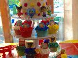 Daniel Tiger Birthday Decorations Best 25 Daniel Tiger Cake Ideas On Pinterest Daniel