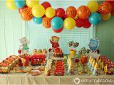 Daniel Tiger Birthday Decorations Daniel Tiger Party Treat O the Owl Rice Krispies Treats