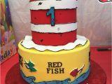 Dr Seuss Birthday Cake Decorations Dr Seuss Cake First Birthday Ideas Pinterest Dr