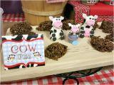Farm Animal Birthday Party Decorations Farm Animal Birthday Party Ideas Moms Munchkins