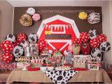Farm Animal Birthday Party Decorations Farm themed First Birthday Party Decor Ideas