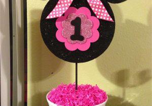 First Birthday Minnie Mouse Decorations Minnie Mouse 1st Birthday Centerpiece Kids Pinterest